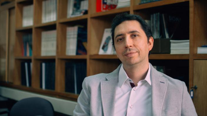 Andes Biotechnologies - Cristian Hernandez