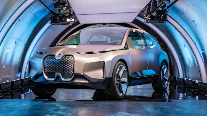 BMW Vision iNext - Qualcomm