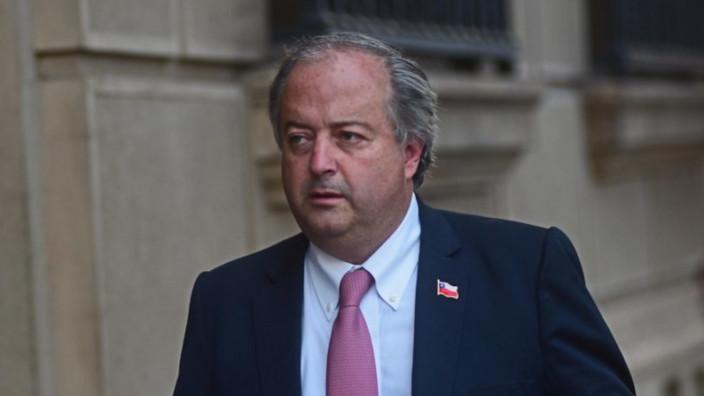 Chile - manifestaciones - Nicolas Monckeberg - ministro de Trabajo