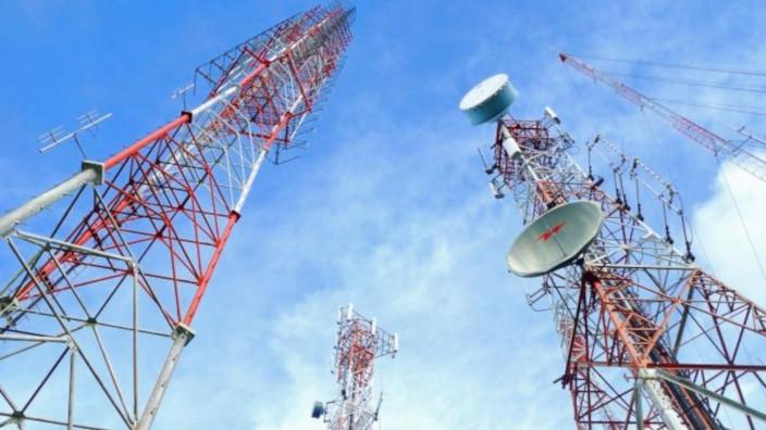 Entel vende antenas - Chile y Peru