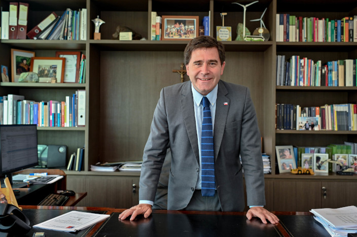 Ministerio De Mineria - Ricardo Irarrazabal