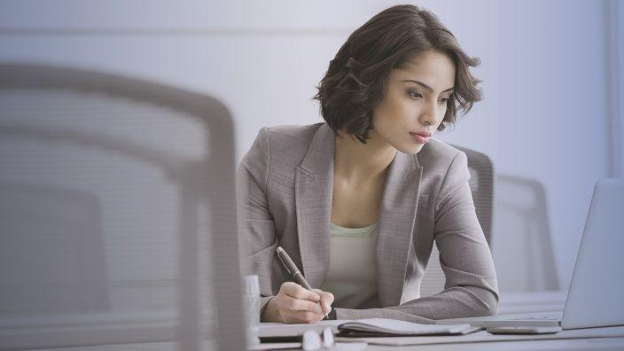Cuatro tips para encontrar empleo en tiempos de incertidumbre