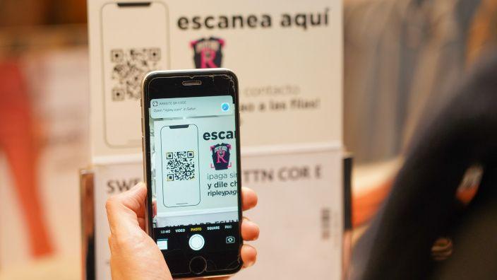 Ripley lanza sistema de pago a través del celular agilizando la compra en todas sus tiendas