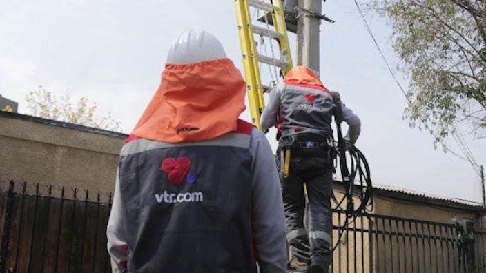 Cortes intencionales de fibra óptica afectan a 26.000 clientes VTR